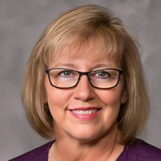 Chief Nursing Officer Paula Fulgham Honored as Nursing Health Care Hero